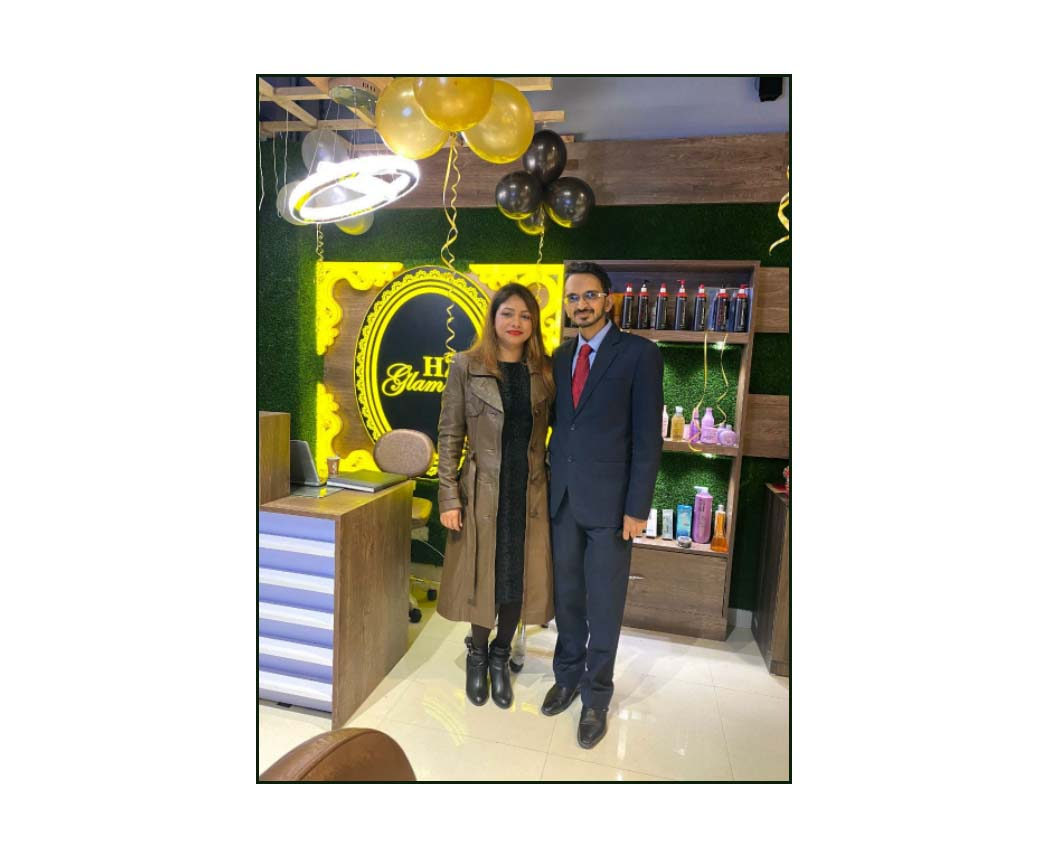 """MAKEUP & NAIL ARTIST, ARPITA BOSE launches """"THE NAIL GARAGE"""" to compliment H2T Glamour Salons in Gurgaon."""