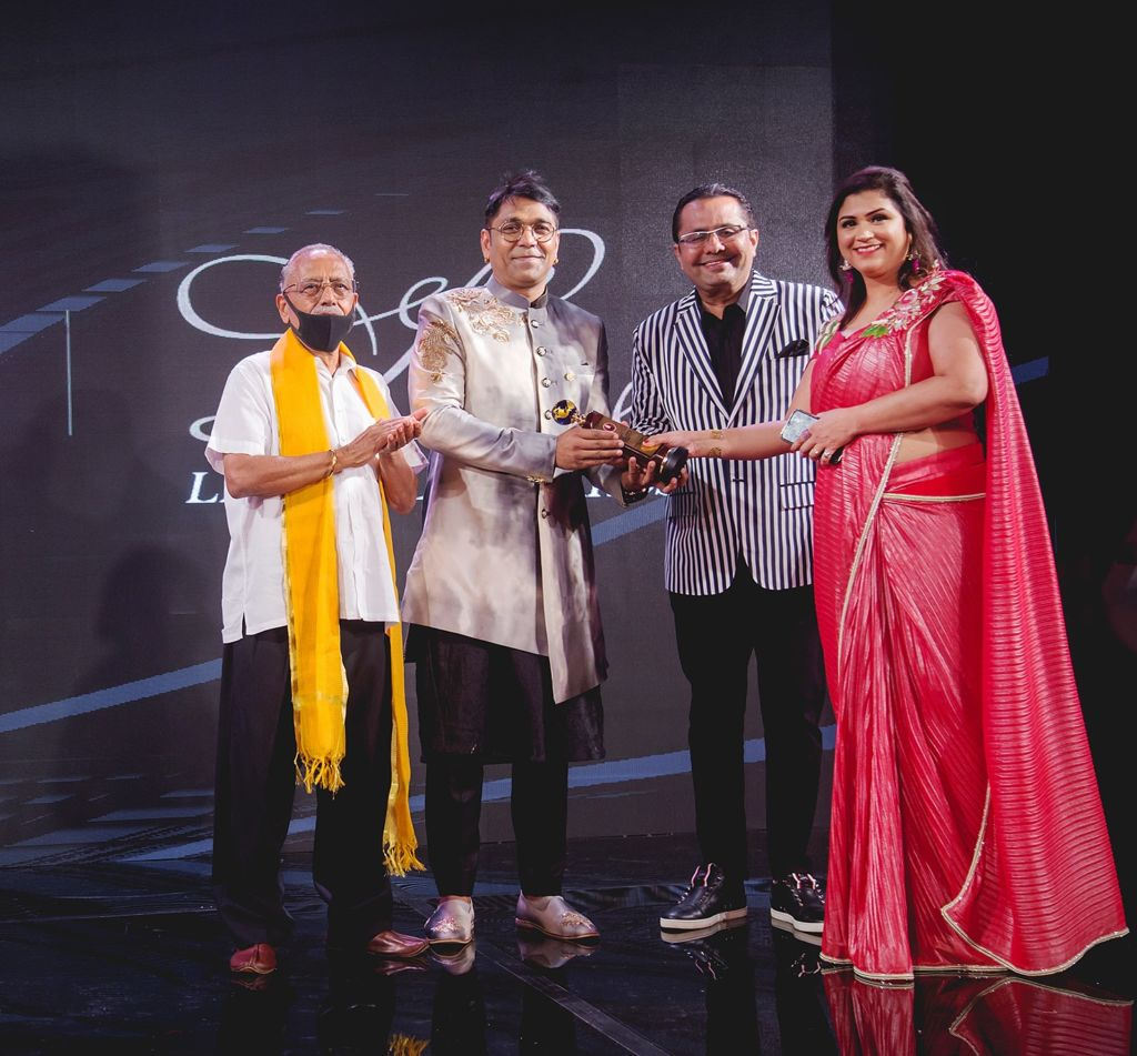 Mohit Falod showcases his recent collection and receives accolade in Dubai